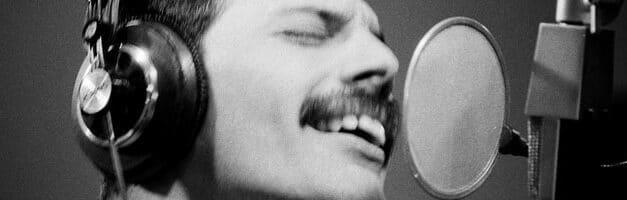Le FreddieMeter vous indique si votre voix se rapproche de celle de Freddie Mercury. Ou pas…